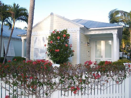 Sunset Key Cottages: Victorian Cottages