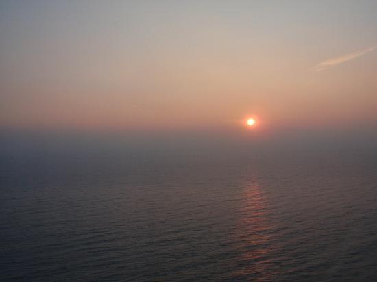 Hotel El Far de Sant Sebastia: El amanecer