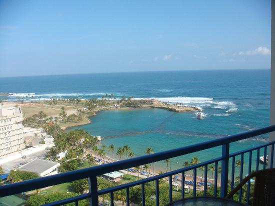 Caribe Hilton San Juan: Nice view from the room... I wish my stay here would mirror the wonderful view!!