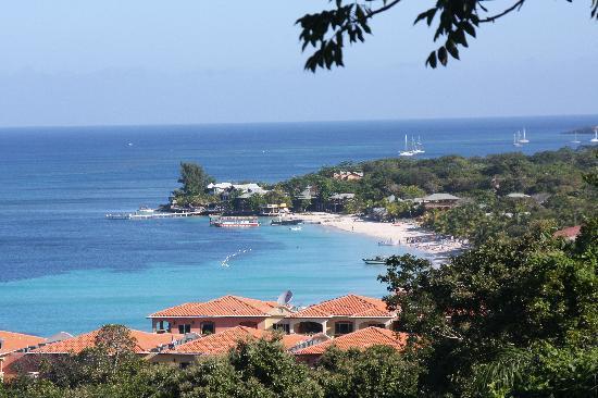Bananarama Dive & Beach Resort: Beautiful Island