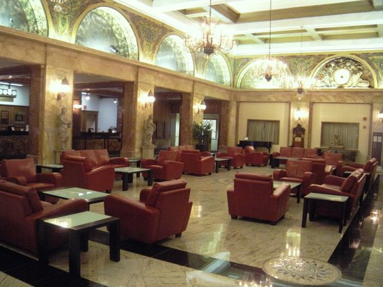 The Congress Plaza Hotel and Convention Center: Congress Plaza Hotel Lobby