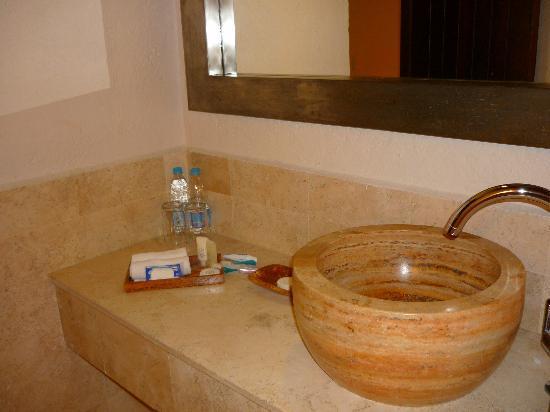 Danzaluna: Lavabo en el baño