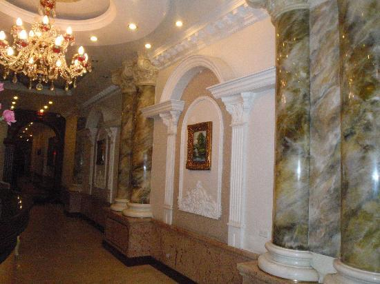 Hanoi City Palace Hotel: Reception area