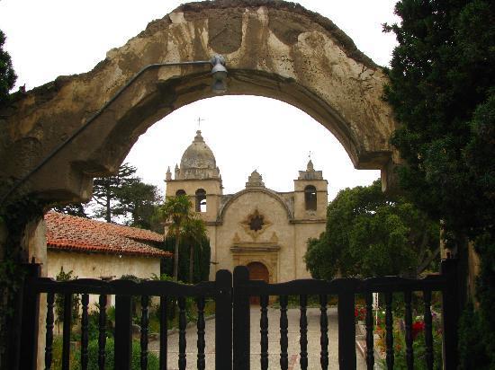 Monterey-Carmel Spanish History Tour: Carmel Mission