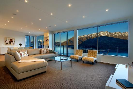 Queenstown, New Zealand: bel lago lounge
