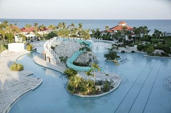 Flamingo Bay Hotel & Marina: Taino Beach Resort Swimming Pool