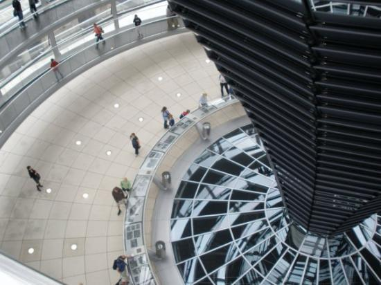 Deutscher Bundestag: Reichstag Dom  August 2009