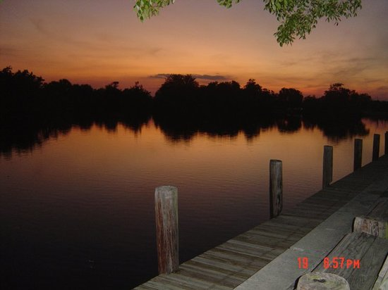 Nápoles, FL: CSSP Sunset over the canal