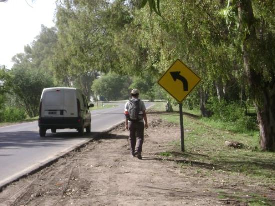 Gualeguaychú, Argentina: Caminando a las termas (2 km!!)