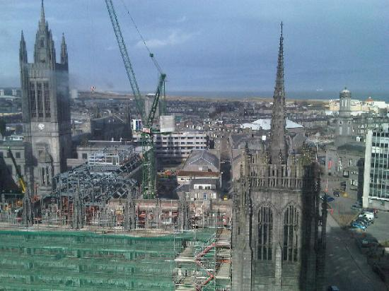 Aberdeen skyline Marischal College to become Council Offices in 2011