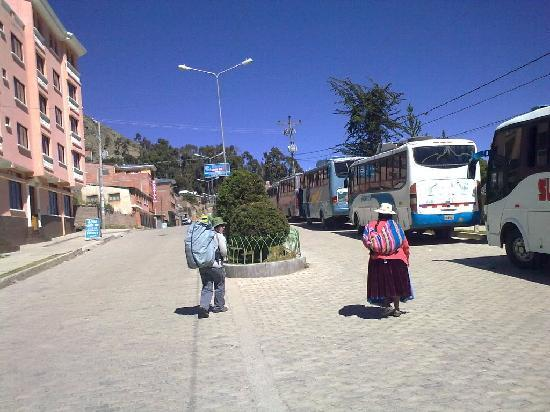 Hostal Ambassador: Autobuses en Copacabana