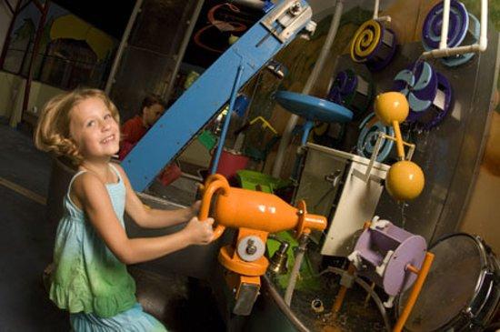 Portland Children's Museum: Water Works makes a splash