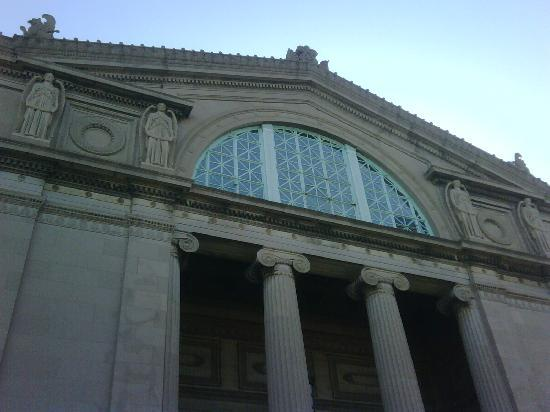 Museum for vitenskap og industri: Main Entrance