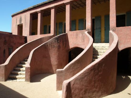 La Maison des Esclaves : The Maison D'Esclaves. A remarkably beautiful building for a truly horrible purpose. This is whe