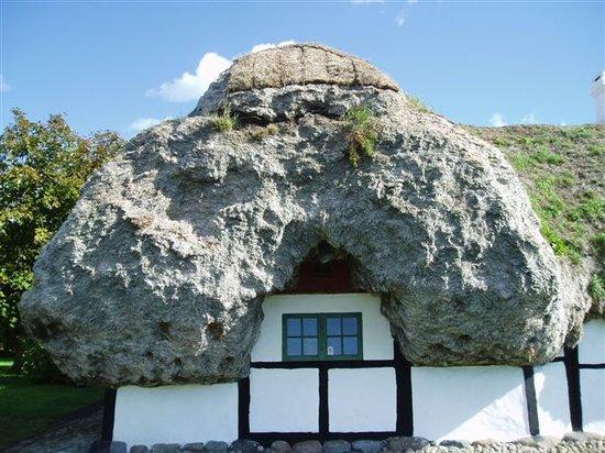 ستراندجاردن باديهوتل: Special Laesoe House