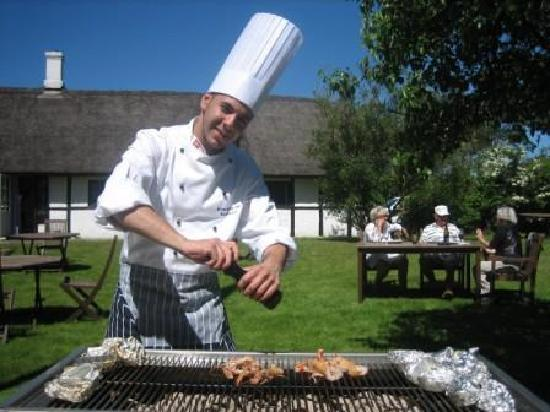 Strandgaarden Badehotel: Lobster in the garden grill