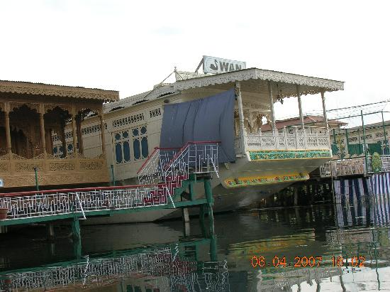 Swan Group of Houseboats: One of the Swan Houseboat