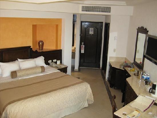 Heaven at the Hard Rock Hotel Riviera Maya: Inside the room