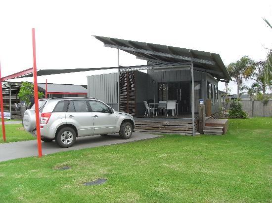 Ramada Resort Diamond Beach: Standard cabin