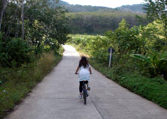 Koyao Island Resort: Bike ride through Ko Yao Noi