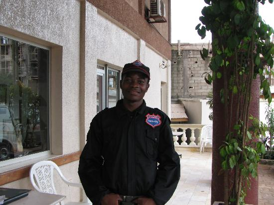 Hotel Jouvence 2000 : Security Guard