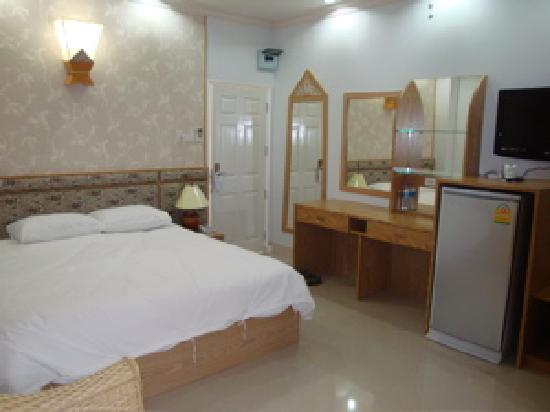 Lux Hotel : Comfortable Bed