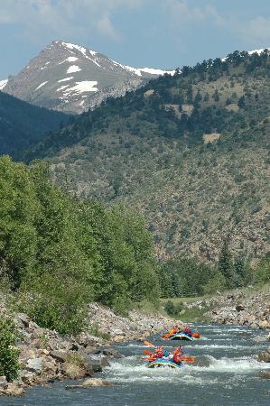 Mile Hi Rafting: 'Blast' Intermediate raft trip--for the adventure lover
