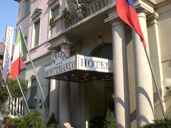 Mokinba Hotel Montebianco: Entrée de l'hôtel
