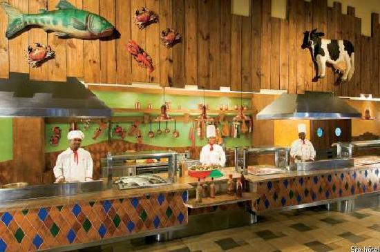 Dreams La Romana Resort & Spa: buffet