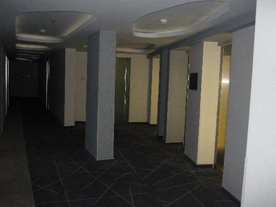 Zira Hotel : Im Korridor des Hotels