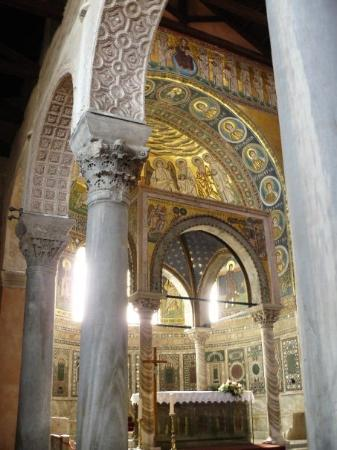 ยูฟราซิอุสบาซิลิกา: Eufrazijeva basilika, Porec