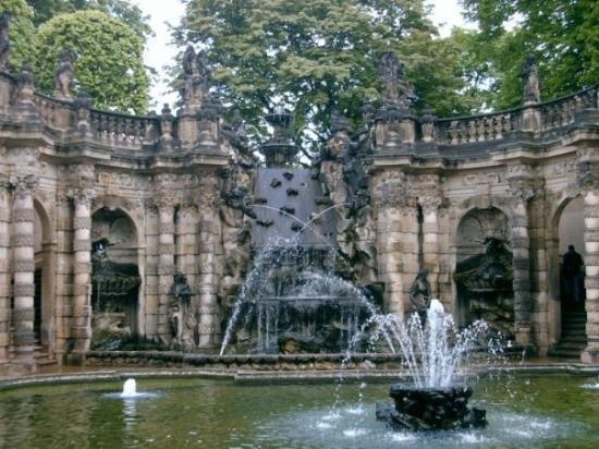 Zwinger: Dresden