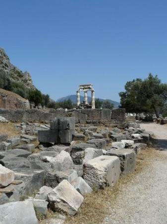 Delfiruinene: Tholos, Delfoi, Ελλάδα