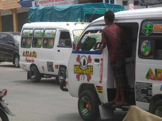 Bemos, Kupang, Timor