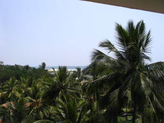 Eden Resort & Spa: ...seeside