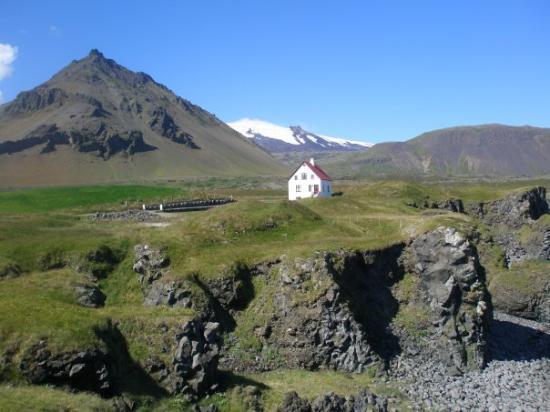 Snaefellsbaer, Iceland: Arnastapi