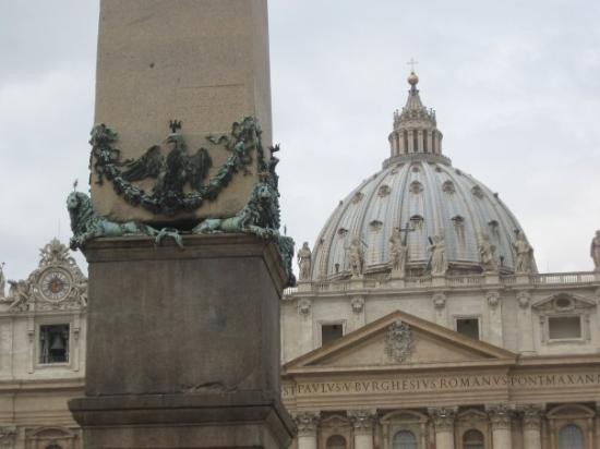 Vatican Guided Tours: The Vatican City.