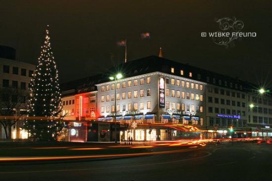 Κίελο, Γερμανία: Berliner Platz in Kiel