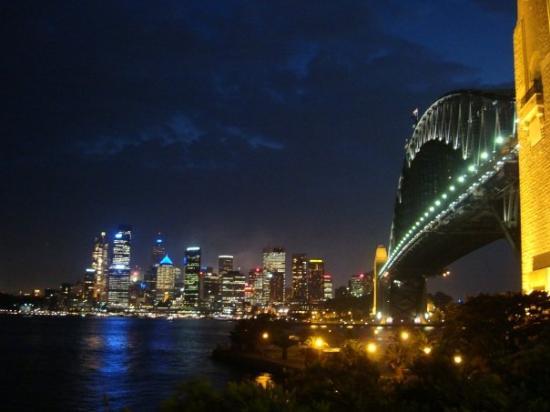 Sydney Harbour Bridge: WoW again~