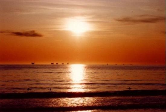 Huntington Beach, CA (1993)
