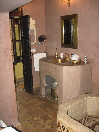 Riad Ibn Battouta : Bathroom
