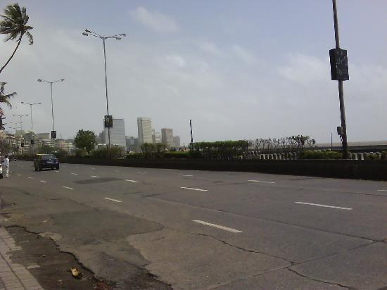 Mumbai, India: area around it