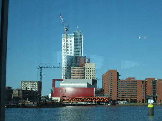 World Port Centre