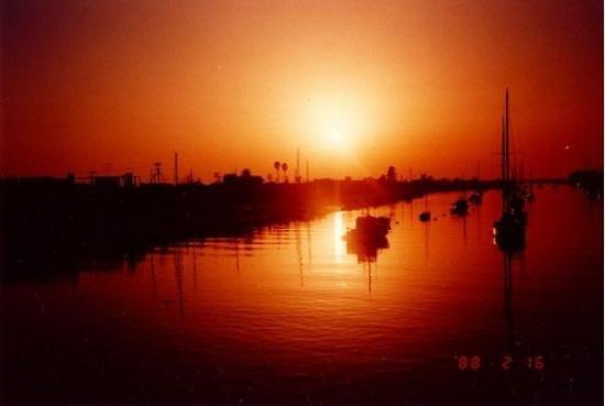 Huntington Beach, CA (1988)