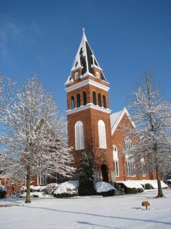 Red Springs, NC: Side view of tower of First Presbyterian Church on Vance Street