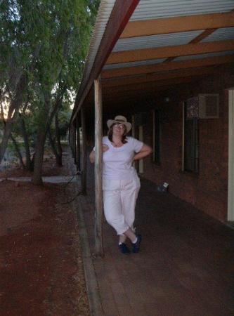 Yulara, Australia: Hotel at Ayres Rock, we did not stay long, Dad hated it, it was a bit Rustic