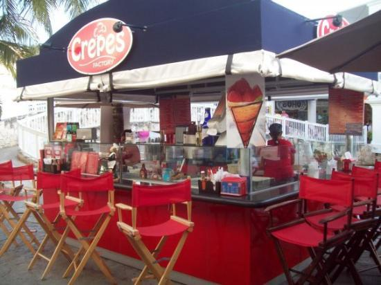 La Isla Shopping Village: Awesome Crepe place at La Isla Shopping Center