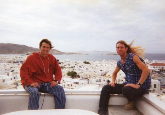 Mykonos by, Hellas: STEPHEN, A REALLY NEAT GUY WITH AN UNORDINARY PERSPECTIVE IN LIFE, A LESSON IN THE WORLD OF CULT