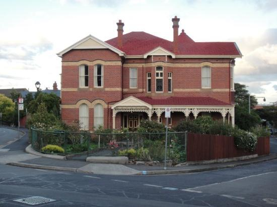 Hobart, Australia: A lovely house just in the middle of the junction.....awesome!