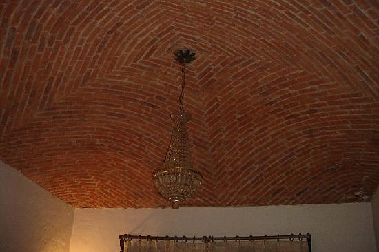 Villa Ganz: Brick Cupola